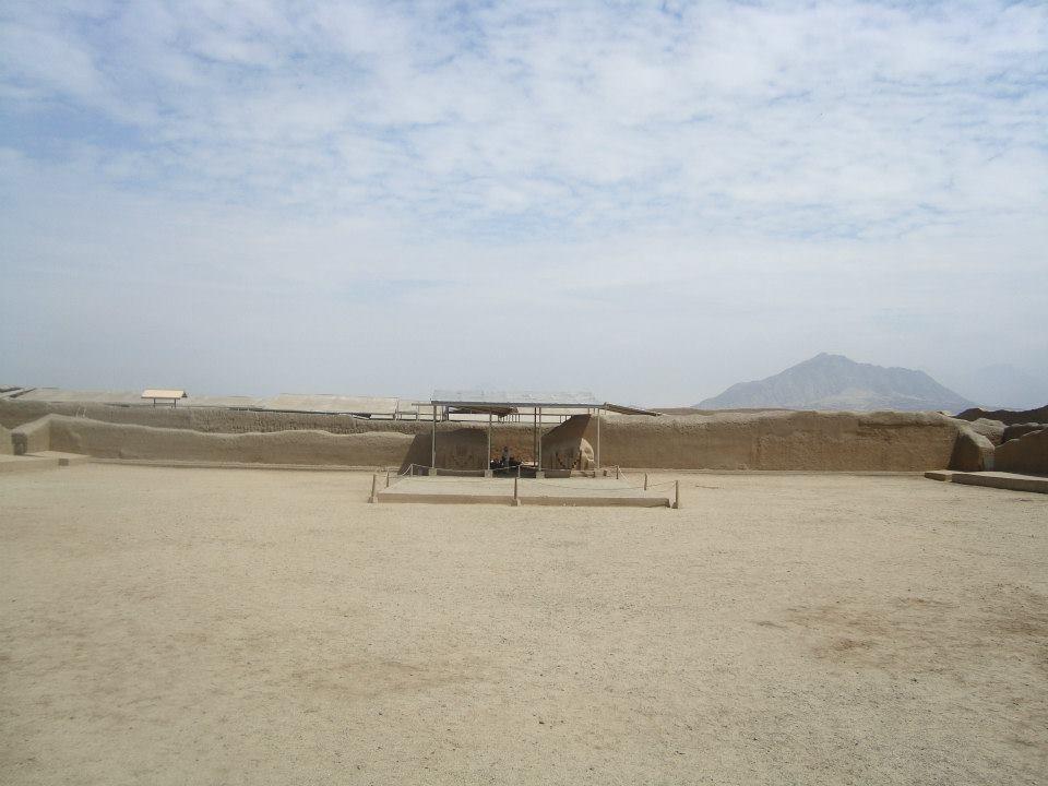 Plaza ceremonial en Chan Chan